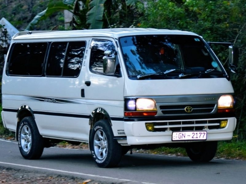 Result in the College Trip Go Easily With Van Hire